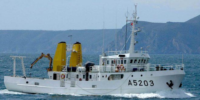 navio hidrografico 01