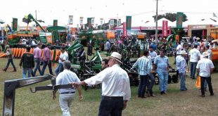agrishow tractores